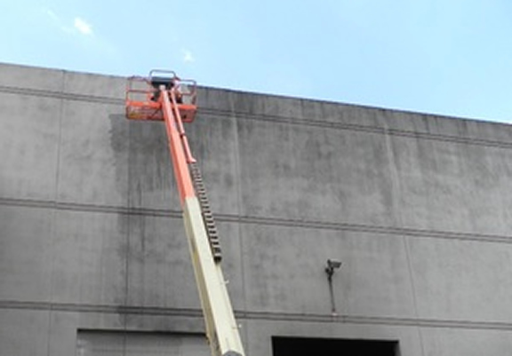 Commercial Pressure Washing Building The Woodlands